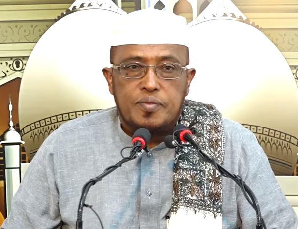 Muxaadaro: Daawo Sh, Maxmed Cumar Dirir oo ka jawaabay Su'aalo ku saabsan Soomka iyo Bisha Ramadaan