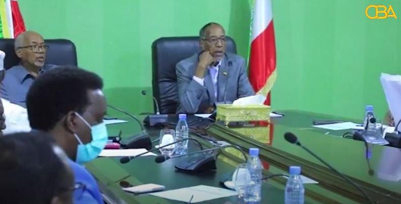 Madaxweynaha Somaliland Oo Shaqaalaha Dawladda iyo Ciidamadda Uga Digay In Ay Ku Milmaan siyaasada