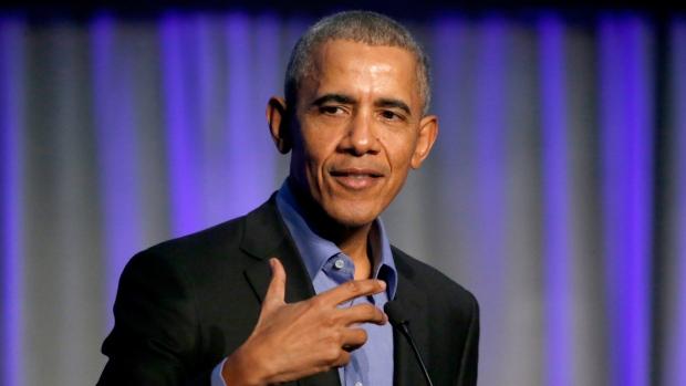 Kenya:-Madaxweynihii Hore Ee Mareykanka Obama Oo Goor Dhaweyd Ka Degay Magaalada Nairobi Ee Dalka Kenya+U Jeedka Safarkiisa.