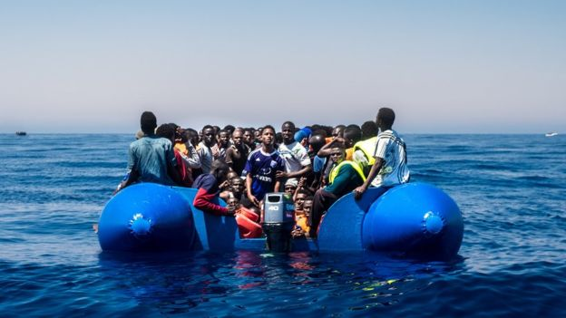 Liibiya:-Mucammar Qadaafi Kaalin Intee Le'eg Ayuu Ka Qaatay Xakamaynta Muhaajiriinta