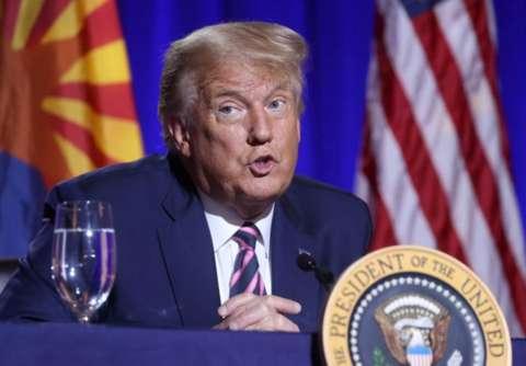 Trump oo wacad ku maray inuu ka jawaabi doono 'isku dayga dil ee safiirka Mareykanka ee Koofur Afrika'