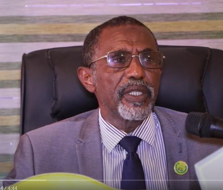 """""""Waxa jira dhul boob badan oo jiha kasta ka socda""""Wasiirka Hawlaha guud ee Somaliland"""
