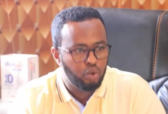 Daawo:-Waraysi Adag Oo Lala Yeeshay Maareeyaha Wakaalada Biyaha Burco Cabdixakiin Mohamed