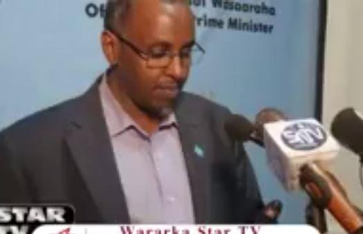 Muqdisho:-Wasirkii hore Ee amniga Soomaaliya oo dhalliilay Qaab dhismeedka Dawlada Somalia +Arimaha Uu Ku Dhaliilay.