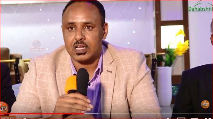 Daawo:-Siyaasiyin Ka Soo Jeeda Somaliland Ayaa Walaac Ka Muujiyey Ganacsato Reer Somaliland Ah Oo Ku Xidhan Magaalada Muqdisho