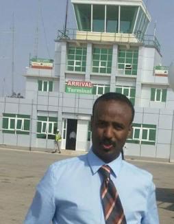 Somaliland Oo Muqdisho U Mustaafurisay Masuul Reer Soomaaliya Ah Oo Ka Soo Degay Garoonka Hargeysa
