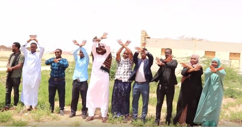 Gudaha:-Dhalinayrada Magaalda Burco Oo Xukuumada Somaliland Ugu Baaqay Joojinta Iskuulka Farsamada Gacanta Ee Magaalada Burco Oo Dhismihii Loo Wareejinay Hargeisa.