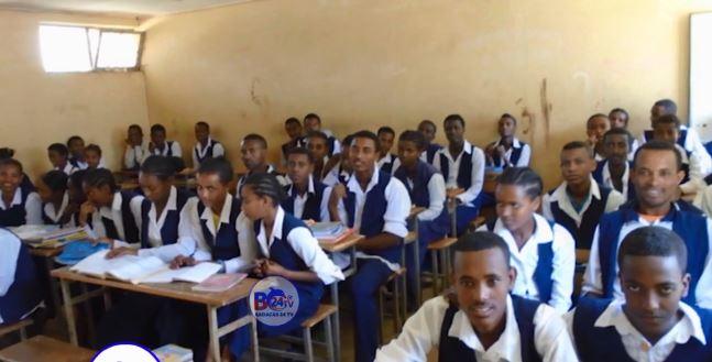 Addis ababa: Daawo Itoobiya oo dib loo furey goobihii Waxbarashada iyo xaalada Ardayda dalkaasi oo isbadeshay.
