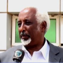 Daawo:Siyaasi Cali Waran Cade Oo Ka Hadlay Fursadaha Somaliland Uga Banaan Khilaafka Somaliya Iyo KENYA