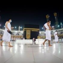 Muslimiinta Caalamka Oo Loo Ogolaaday In Ay Cimro Ku Tagaan xaramka Barakaysan