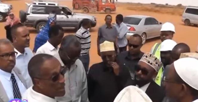 """Burco: """"Hadii Madaarka Burco La Furi Waayo Madaarka Garoowe ayaanu ka soo degaynaa"""" Daawo Qurba Joogta Gobolka Togdheer."""