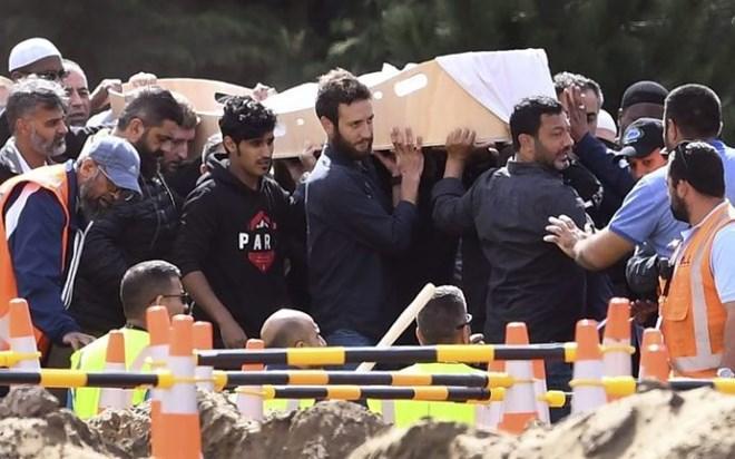 New Zeland:-Qaar ka mid ah dadkii lagu dilay weerarkii New Zealand oo la aasay