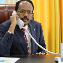 Madaxweyne Farmaajo Oo Khadka Telefanka Kula Xidhiidhay Qoys Reer Somaliland Ah