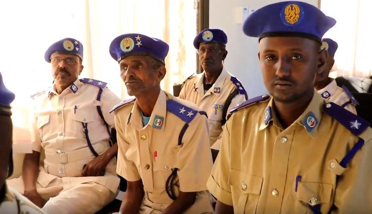 Hargeisa:-Saraakil Ka Tirsan Ciidanka Booliska Somaliland Oo Tababar Looga Furay Jaamacada Hargeisa.