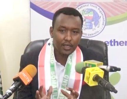 Hargeysa:Daawo Guddomiyaha Dallada SONYO oo ka hadlay Xadhiga Xildhiban Dhakol, Dhalinyarada calanka Somalia ku lebisanaysa iyo Xuska 18may
