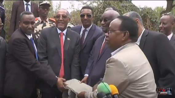 Borame:-Madaxweynaha Somaliland Oo Gaadhay Magaalada Boorame Iyo Dhismayaal Uu Dhagax Dhigay+Waxa Ay Yihiin.