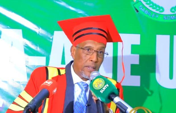 Daawo: Madaxweyne Biixi Oo Markii U Horaysay Caddeeyey Dalalka Waaweyn Ee Danaynaya Bogcadda Somaliland