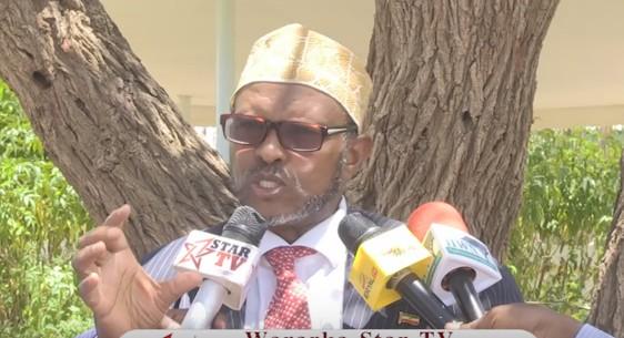 """Hargeisa:-Siyaasi Axmed Yuusuf Yaasiin Oo La Saftay Jamac Shabeel """"Xilka Laga Qaaday Waa Sharci Daro""""."""