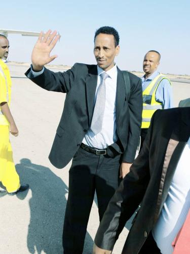 Hargaysa;-Abwaan Faarax Murtiile Oo Suugaan Kaga Dareen Ceeliyay Dhaliilihii Ay Reer Somaliland U Jeediyeen -