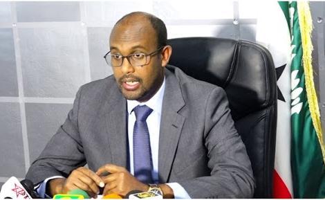 Wasiirka Isgaadhsiinta Somaliland Bulshada Ugu Baaqay Inay Iska Baadhaan Xanuunka Coronavirus.