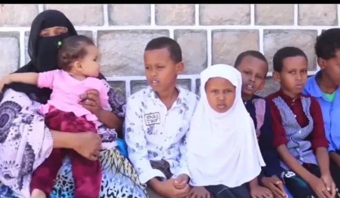 9 Carruur Ah Oo Aabbahood La Xidhay Hantidoodii Oo Lala Wareegay Iyo Hooyi Reer Somaliland Ah Oo Farriin Ay U Direen Madaxweyne Biixi