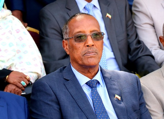 War Deg Deg Ah:-Madaxweyne Muuse Biixi Oo Hor Imanaya Labada Gole Ee Baarlamaanka Somaliland
