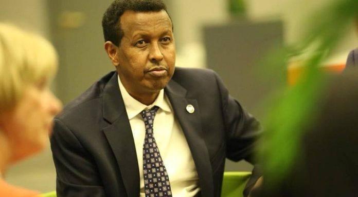"""""""Waxaan qirayaa in go'aanka Midnimada ama gooni isu taagga uu yahay mid ka go'aa dadweynaha Somaliland iyaga oo..."""" Yusuf Garaad"""
