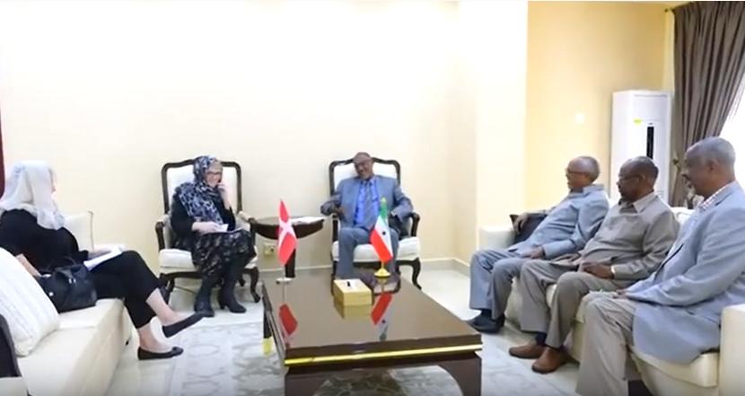 Gudaha:-Madaxweynaha Somaliland Oo Kulan La Qaatay Safiirka Denmark ee Somaliland Iyo Soomaaliya