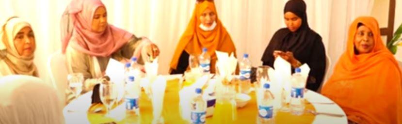Daawo: Hadhimo Sharafeed Meeqaamkeedu Sareeyo Oo Loo Sameeyeye Wasiir ku xigeenka Cusub ee Maaliyada.