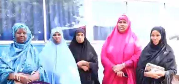 Burco: Daawo Haweenka Gobolka Togdheer oo caawimadii u horeeyey u diray Ciidamada Qaranka ee jidda Hore