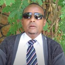 Gudaha:-Abwaan Cismaan Kujare Oo Eadaymihii Usoo Jeediyay Xubnaha Guddida Covid-19 Ee Somaliland.