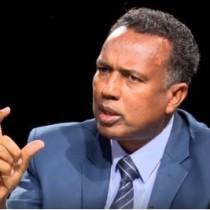 Hargaysa:-Prof Cabdi Cali Oo Diirada Saaray Is Fahanwaaga Ka Dhextaagan Gudoomiye Cirro Iyo Madaxweyne Muuse Biixi