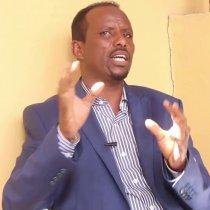 Xildhibaan Mustafe Qodax Oo Ka Hadlay Caqabadaha Hortaagan Midnimo Dhexmarta Somaliland Iyo Soomaaliya.