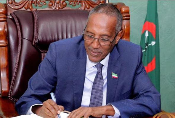 Daawo: Madaxweynaha Somaliland oo Xeerkii furashaxa Ururrada Siyaasada dib ugu celiyey golaha wakiilada