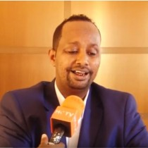 Hargaysa:-Abwaan Daaha Gaas Oo  Ka Hadlay Xadhiga Abwaano Ciidanka Booliska Somaliland Ku Xidheen Magalada Hargeysa.