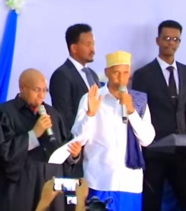 Daawo:Qaabkii Loo Caleemo Saaray Madaxweynaha Dawlad Deeganka Somalida & Ka Qayb Galkii Somaliland