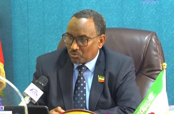 Gudaha:-Wasiirka Wasaarada Beeraha Somaliland Oo U Jawaabay Siyaasin Iyo Madax-dhaqameed Kaso Jeeda Gobalka Awdal Oo Edaymo Usoo Jeediyay Xukuumada