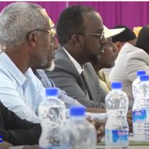 Somaliland Oo La Qorsheeynayo In Dib lo Furo Dugsiyada Waxabarashada