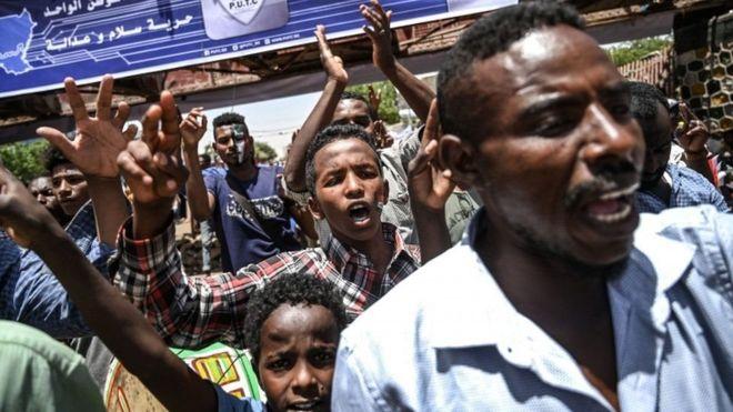 Khartoum:Dibadbaxayaasha Suudaan Oo Xidhiidhka U Jaray Guddiga Millatariga