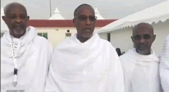 Madaxweynaha Somaliland Muuse Biixi Cabdi Oo Dhanbaal Hanbalyo Ah Shacabka Somaliland Uga Soo Direy Buurta Carafo