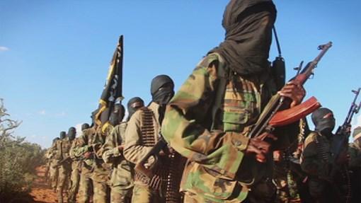 Al-shabaab oo sheegtay in ay weerar duqeyn ah ku qaadeen saldhig ay militariga Mareykanku degan yihiin