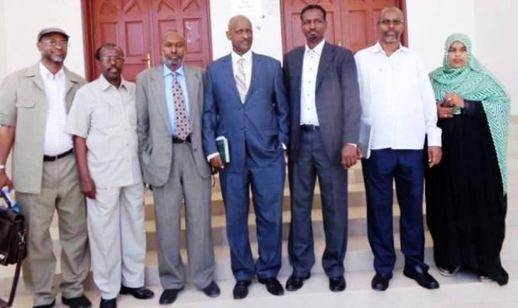 Hargeisa:-Guddida Doorashooyinka Somaliland Ayaa Diiddey in Ay iscasilaan, ka Dib Markii shalay ururrada bulshada rayidka ahi ugu Baaqeen in ay Iscasilaan.