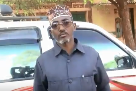 Burco:-Gudoomiyaha Xisbiga Waddani Oo Dhulka Jiiday Maayirka Degmada Burco Raali Galin Siiyay Degmooyinka Berbera, Hargeisa Iyo Gabiley.