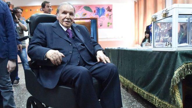 Algeria:-Madaxweynaha Xilka Iska Casilay Ee Dalka Algeria Oo Shacabkiisa Ka Codsay Inay Saamaxaan