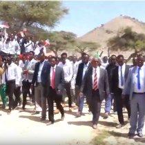 Sanaag:-Waftiga Wasiirka Waxbarashada Somaliland Oo Ku Sugan Gobalka Sanaag Oo Kormeer Ku Tegay Dugsiga Boodhinka Ah Ee Dayaxa.