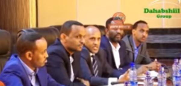 Jigjiga:-Madaxweynaha Dawlad Deegaanka Somalida Oo Kulan La Qaatay Safiirka Swedan Ee EIthiopia