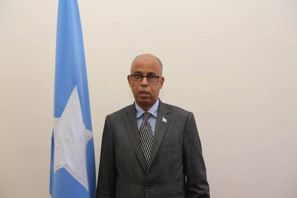 War Deg Deg Ah Raysal Wasaaraha Somaliya Oo Iminka Shaqada Ka Joojiyey Golihiisa Wasiirada+Sababta.
