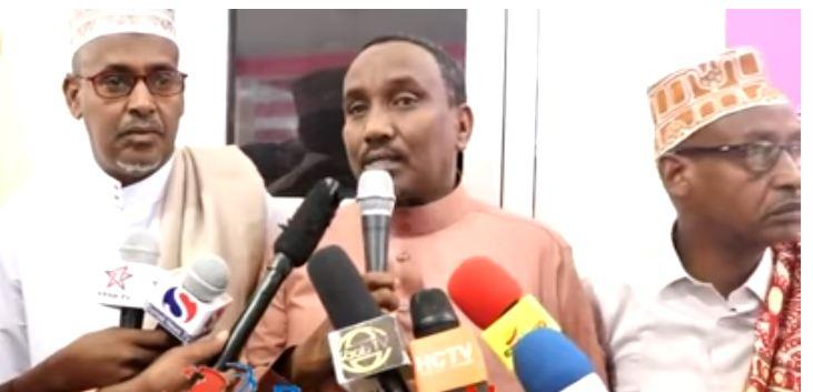 Borama: Daawo Wasiirka Beeraha Somaliland oo Salaadii Ciidka la tukaday Shacabka Borama