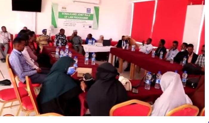 Daawo: Ururka Qareenadda Somaliland ee SOLO oo Tabobar u Furay Qareenada Gobolka Awdal.