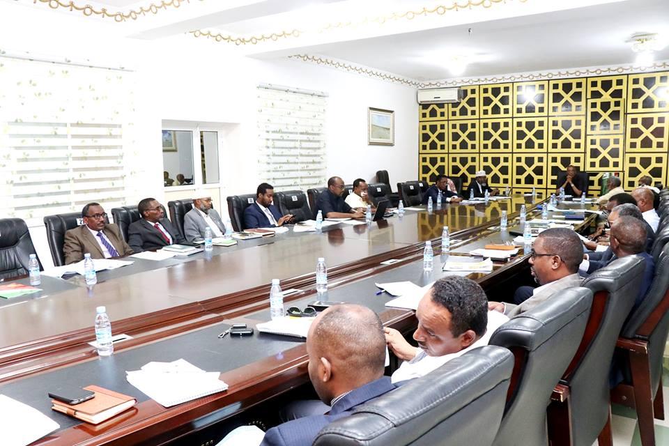 Hargeisa:-Golaha Wasiirada Somaliland Oo Go,aamiyey In Sharciga Lala Tiigsado Shiradii Dalka Keentay Shidaalka Xun , Amaro Kale-na Soo Saarey.